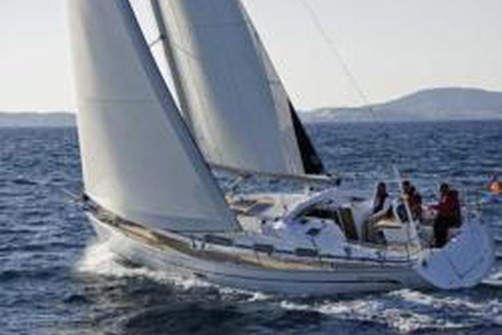 Bavaria Cruiser 38